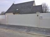 Portails Nantes : Réalisation rue Beauséjour à SAUTRON. Portail aluminium coulissant.